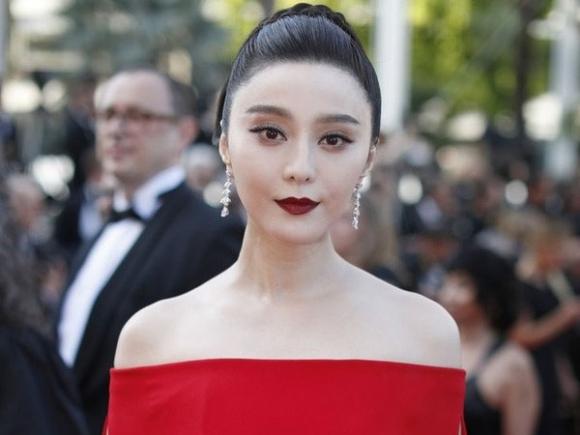 Luật sư nổi tiếng Trung Quốc: Phạm Băng Băng nhiều khả năng đang có kim bài miễn tử giúp thoát mọi tội lỗi