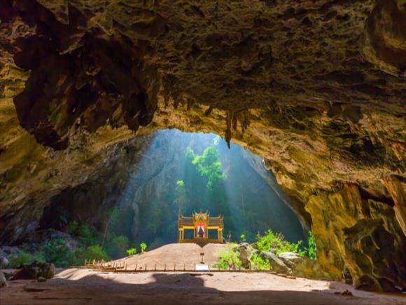 Cung điện vàng ròng - điểm du lịch mới cho những ai muốn quay lại Thái Lan - 1