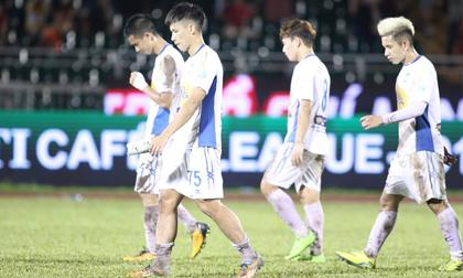 HAGL thua cả CLB TPHCM: Lo chưa, HLV Park Hang Seo?