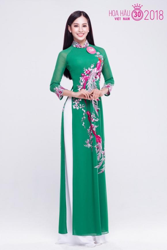 Hành trình nhan sắc của Trần Tiểu Vy toả sáng đến ngôi vị Hoa hậu Việt Nam 2018 - Ảnh 2.