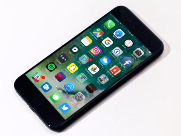 8 lý do bạn nên mua iPhone 7 thay vì iPhone Xr, Xs và Xs Max - 2