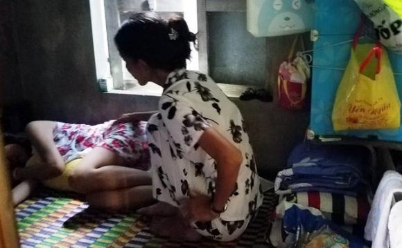 Cô giáo mầm non tố bị chồng cướp mất con, truy sát giữa đường trước mặt công an - Ảnh 1.