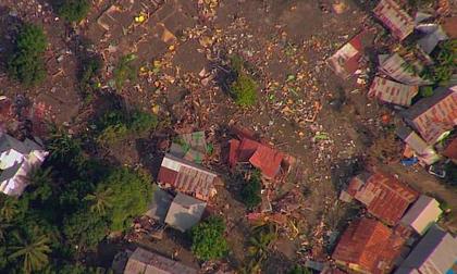 Nhân chứng kể về khoảnh khắc động đất, sóng thần kinh hoàng ở Indonesia