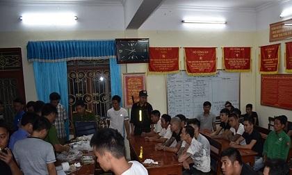 """Phá sới bạc """"khủng"""" ở Ninh Bình, bắt giữ 34 con bạc"""