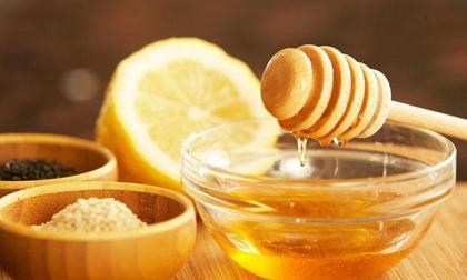 Mật ong rất tốt, nhưng có 5 loại thực phẩm nếu ăn cùng dù một chút cũng hại sức khỏe