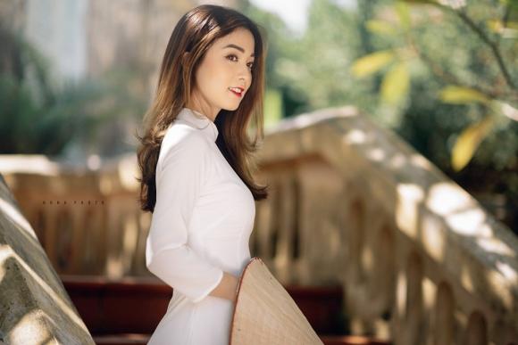 Nhan sắc hoa khôi ĐH Y dược Thái Nguyên 2018 thường bị nhầm là gái Tây