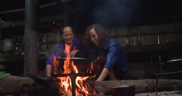 Mẹ chú rể 26 tuổi ở Cao Bằng: Nếu con dâu thực sự yêu Cương, hãy để nó ra ngoài kiếm đứa con-2