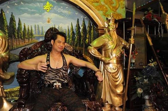 dam vinh hung, ngoc son: cung