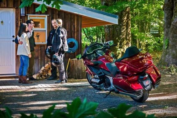 Top 6 mô tô hành trình đáng mua nhất năm 2018 - 3
