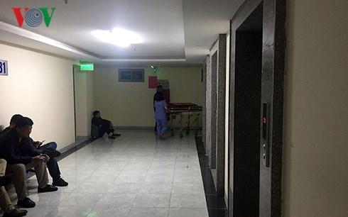 Thi thể trẻ sơ sinh tại sân chung cư Linh Đàm: 3 người tình nghi là ai?