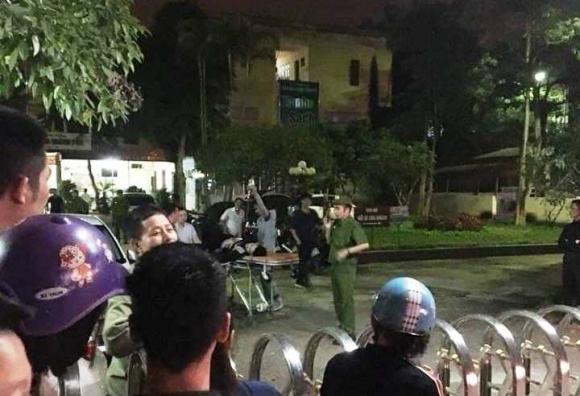 Hỗn chiến trong đêm, 5 người nhập viện cấp cứu - 2