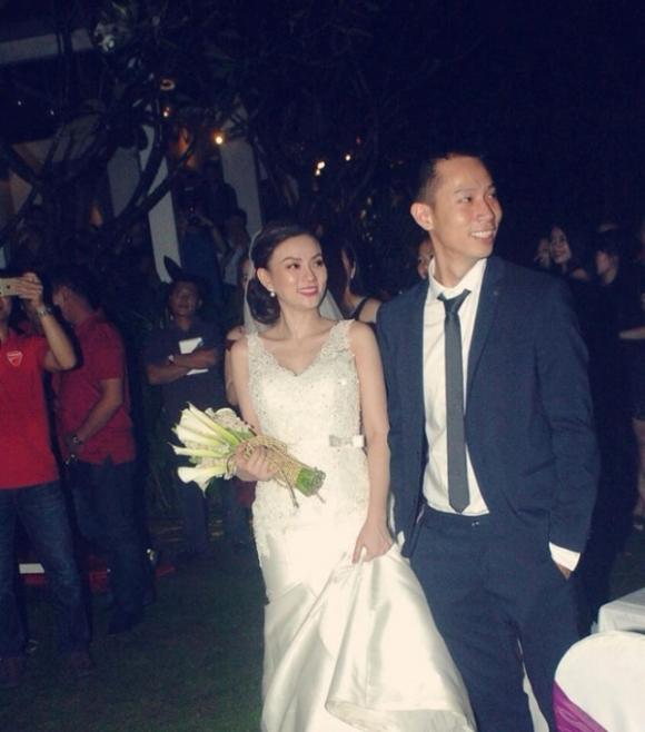 Thu Thủy và chồng