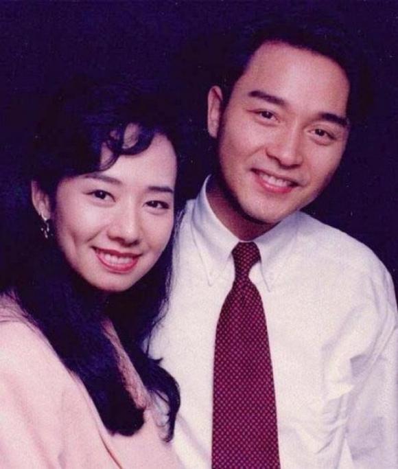 Mao Thuấn Quân: Hai lần từ chối lời cầu hôn của Trương Quốc Vinh và 3 cuộc hôn nhân đẫm nước mắt  - Ảnh 4.