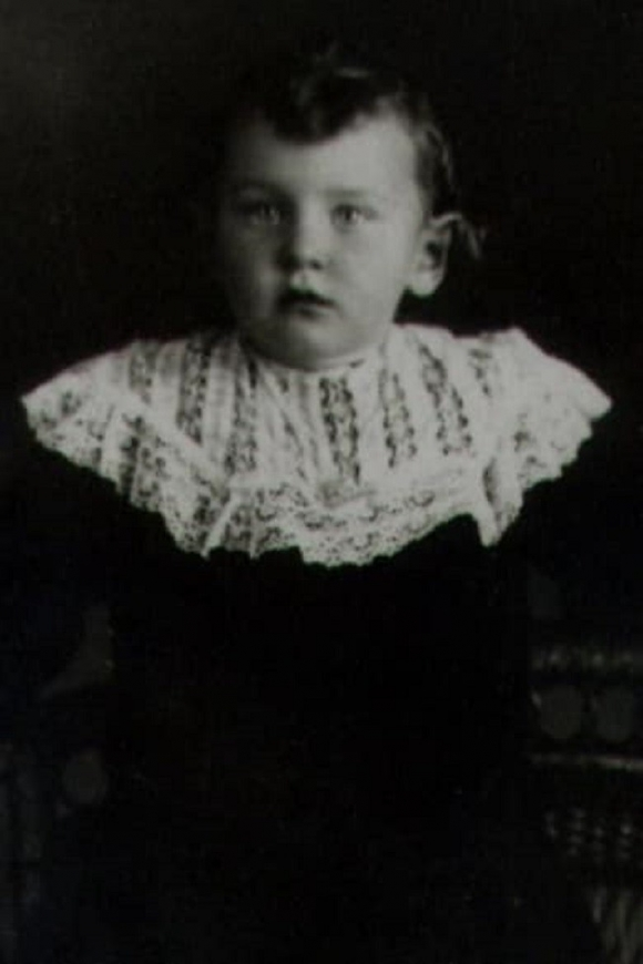 Bé gái 12 tuổi bị bắn chết và lời kêu oan trời không thấu của người tử tù khiến cả thế giới bàng hoàng - Ảnh 1.
