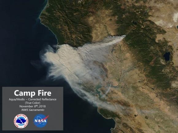 Cháy rừng như tận thế ở California (Mỹ) làm hàng nghìn người sơ tán