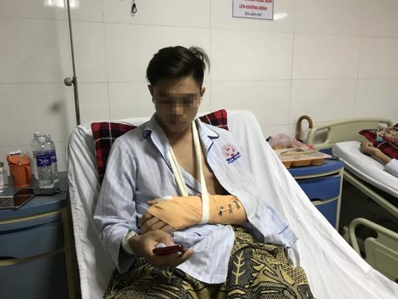 Vụ chặt tay tài xế ô tô: Nạn nhân bị đứt động mạch, máu phun không ngừng khi vào bệnh viện