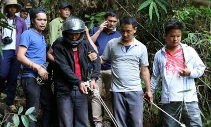 Rợn người trước lời khai của 2 gã sát nhân giết nhân viên bưu điện rồi vứt xác dưới vực sâu