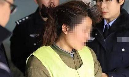 Mẹ Trung Quốc tàn nhẫn giết con gái 7 tuổi vì chơi điện thoại quá lâu