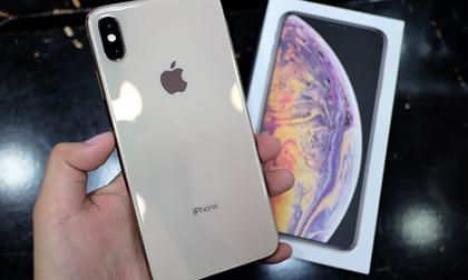 """NÓNG: Bộ ba iPhone 2018 lần đầu tiên giảm giá """"sốc"""""""