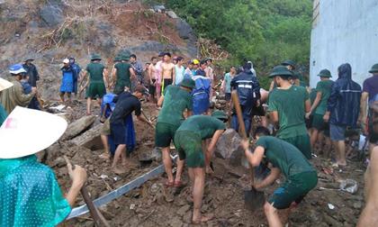 Tin mới nhất về sạt lở hàng loạt ở Nha Trang: Ít nhất 12 người chết