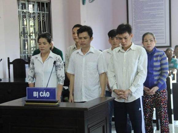 Con gái thuê người đốt ô tô khiến cha tử vong lĩnh 14 năm tù