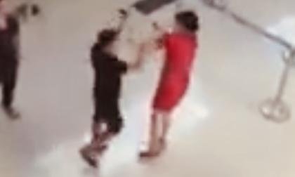 Nữ nhân viên hàng không bị hành hung: 'Tới giờ em vẫn còn sợ'