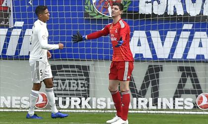 Real thua sốc Eibar 0-3 sau khi ký hợp đồng chính thức với HLV Solari