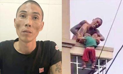 Người đàn ông ném con từ mái nhà xuống đất bị khởi tố điều tra tội Giết người