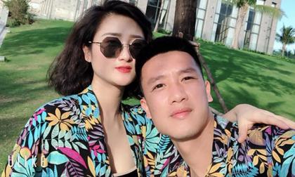Cầu thủ Việt đua nhau khoe ảnh nghỉ dưỡng bên bạn gái