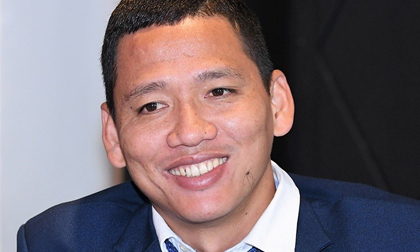Tiền đạo tỷ phú Anh Đức tiết lộ về lương bổng và cách tiêu tiền của cầu thủ Việt