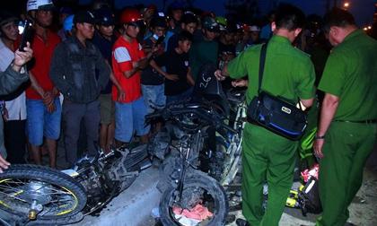 Tai nạn kinh hoàng tại Long An: Bó nhang bên đường và lời khóc nghẹn 'Về nhà con trai ơi'
