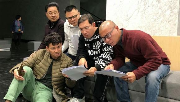 Xuân Bắc tiết lộ ảnh buổi tập Táo quân 2019 đầu tiên, Diễm Quỳnh nói điều bất ngờ - 4