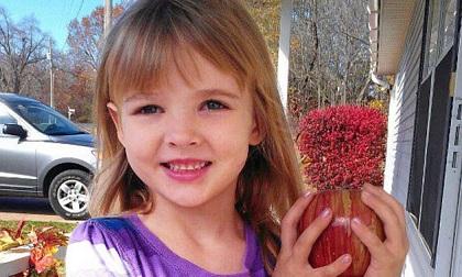 Tìm thấy thi thể khỏa thân của con gái trong tủ quần áo, mẹ chết lặng khi thủ phạm không phải ai xa lạ