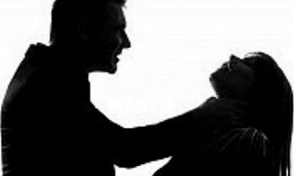 Quảng Ninh: Bóp cổ người tình đến chết sau đó tự tử nhưng không thành