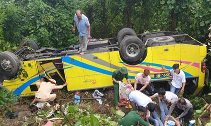 Nguyên nhân ban đầu, danh tính nạn nhân tử vong vụ lật xe khách trên đèo Hải Vân