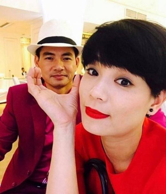 Hôn nhân 13 năm kín tiếng của Nam Tào Xuân Bắc với vợ giảng viên