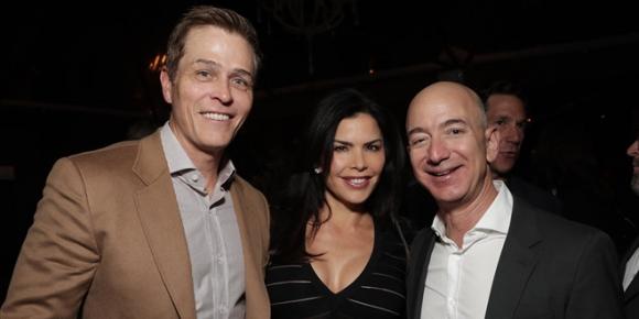 CEO Amazon Jeff Bezos ly di vo do ngoai tinh? hinh anh 1