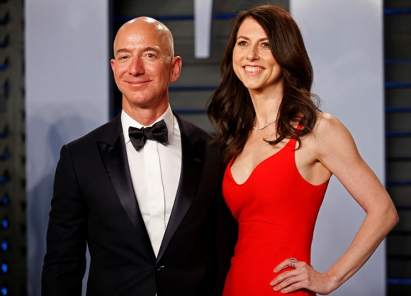 Ty phu giau nhat the gioi Jeff Bezos ly di vo sau 25 nam hinh anh 1