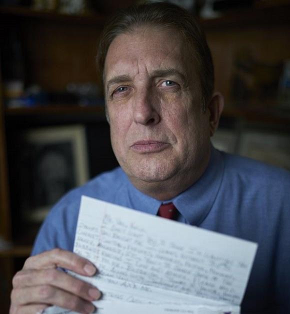 Ông Vail, bạn của Oliva thời trung học, công bố thư tay có lời thú tội giết JonBenet