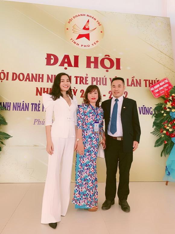 tran-huyen-nhung-121-4-xahoi.com.vn-w580-h773
