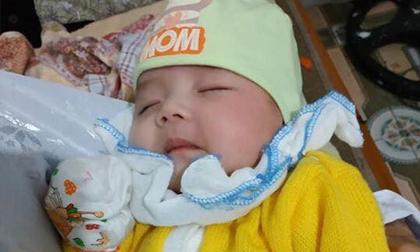 Hà Nam: Bé gái hơn 2 tháng tuổi bị bỏ rơi bên vệ đường lúc chập tối cùng lời nhắn của mẹ