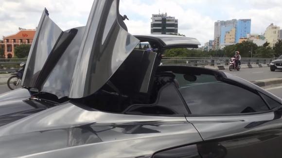 Bán hàng loạt siêu xe, Cường Đô-la xuống dốc?