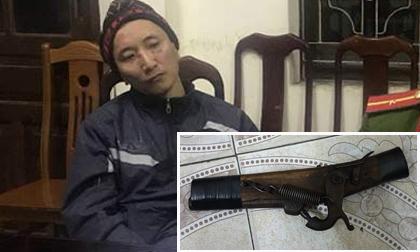 Hành động lạ của đối tượng dùng súng cướp ngân hàng trước khi bị bắt
