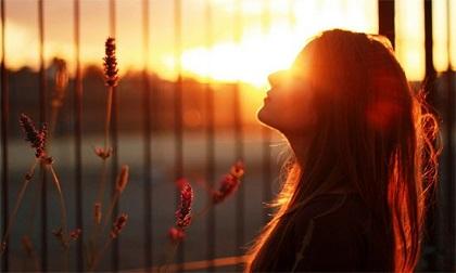40 câu nói 'chất phát ngất' về cuộc đời, biết được 10 câu bạn sẽ không bao giờ gục ngã trong cuộc sống này