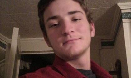 Mỹ: Hung thủ xả súng bắn chết cha mẹ mình và 3 người khác