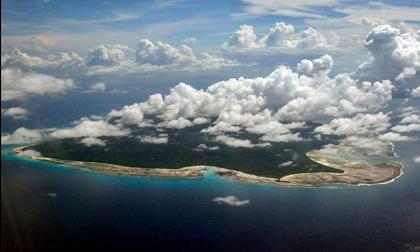 Hòn đảo bí ẩn nhất thế giới và sự tồn tại của bộ lạc hung hãn sẵn sàng tấn công mọi kẻ xâm nhập