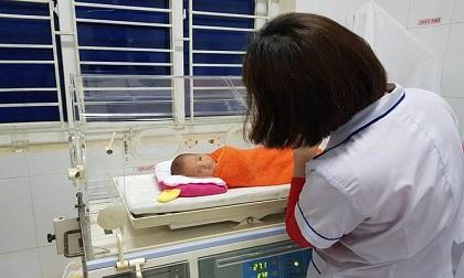 Bé gái sơ sinh bị bỏ rơi tại bệnh viện