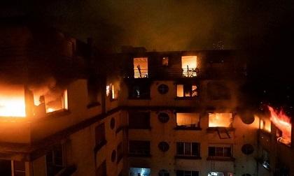 Hỏa hoạn kinh hoàng tại Paris, hàng chục người thương vong