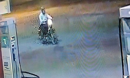 Dân treo thưởng 50 triệu cho người cấp tin về kẻ giết nhân viên cây xăng