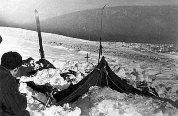 Thảm kịch kinh hoàng về 9 nhà leo núi và bí ẩn được coi là lớn nhất thế giới hơn 60 năm qua - Ảnh 1.